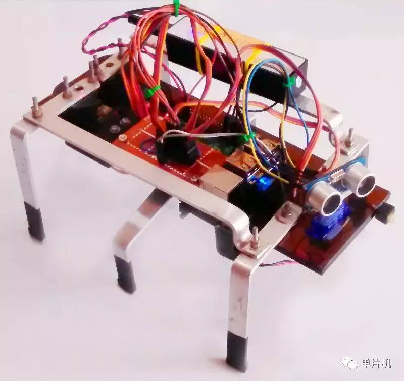 用树莓派DIY六足行走的机器人